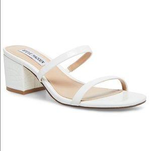Steve Madden 'issy' white croco sandal